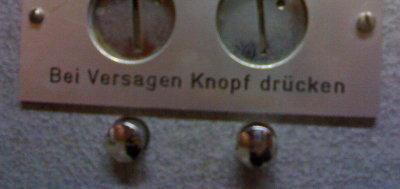 emo-automat